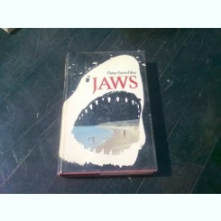 JAWS - PETER BENCHLEY  (CARTE IN LIMBA ENGLEZA)