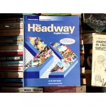 New Headway , English Course , Liz and John Soars , 1993